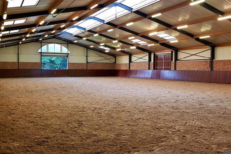 Dressage-Stable_NL_01